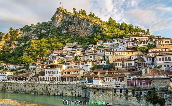 Vizesiz Yurt Dışı Tatil Önerileri Arnavutluk